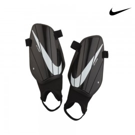 ESPINILLERAS NIKE CHARGE J GUARD-CE SP2164-010